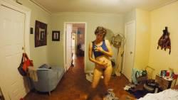 Natalie Joy Johnson bush sex threesome near explicit Alex Auder bush Nyseli Vega boobs - High Maintenance (2018) S2 HD 1080p (6)