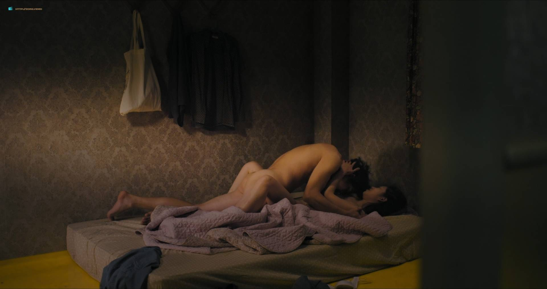 Park Ji-Soo nude topless and sex - The End of April (KR-2017) HD 1080p Web (10)