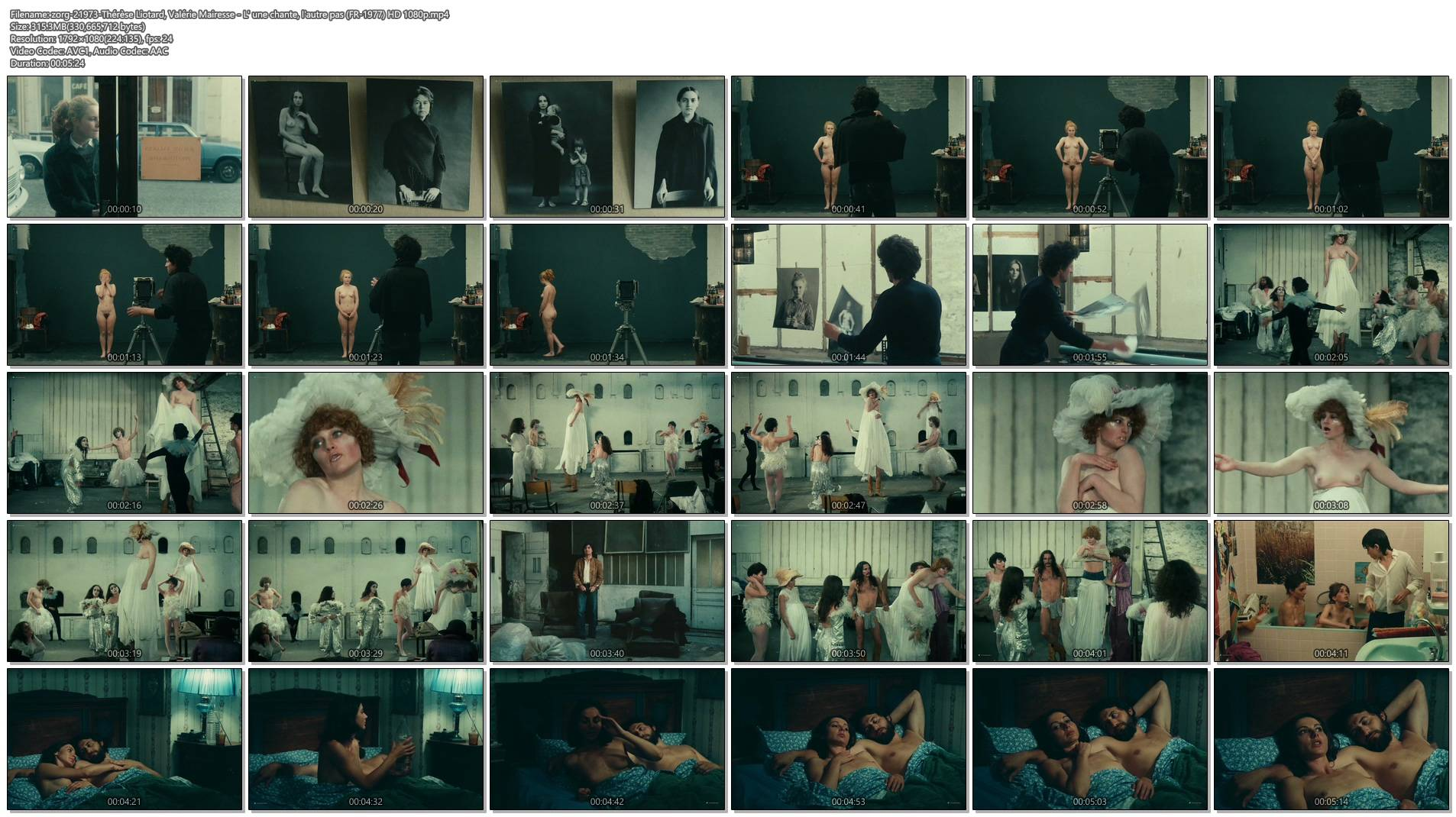 Thérèse Liotard nude topless and Valérie Mairesse nude full frontal - L' une chante, l'autre pas (FR-1977) HD 1080p (1)