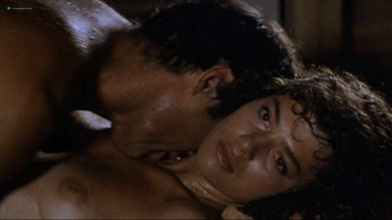 Valentina Forte nude bush butt and sex - Cut And Run (IT-1985) HD 720p (10)