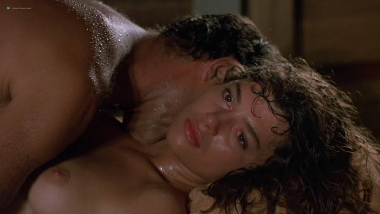 Valentina Forte nude bush butt and sex - Cut And Run (IT-1985) HD 720p (8)