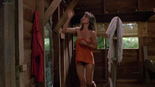 Valentina Forte nude bush butt and sex - Cut And Run (IT-1985) HD 720p (5)