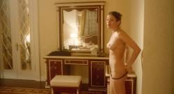 Anna Chipovskaya nude butt and hot sex Mariya Mironova hot - O lyubvi (2017) HD 1080p (2)