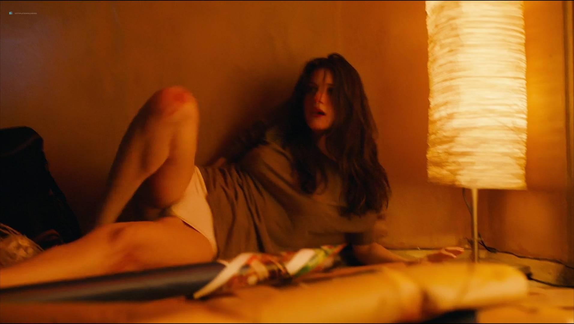 Anna Chipovskaya nude butt and sex - Chistoe iskusstvo (RU-2016) HD 1080p Web (6)