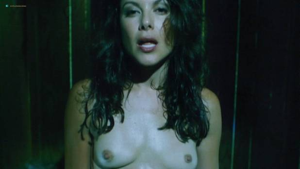 Kari Wuhrer nude topless and sex - King of the Ants (2003) HD 1080p BluRay (7)