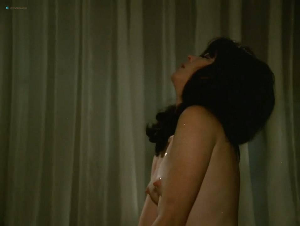Lilian Lemmertz nude sex and Kate Hansen nude sex threesome - As Deusas (BR-1972) 720p (11)
