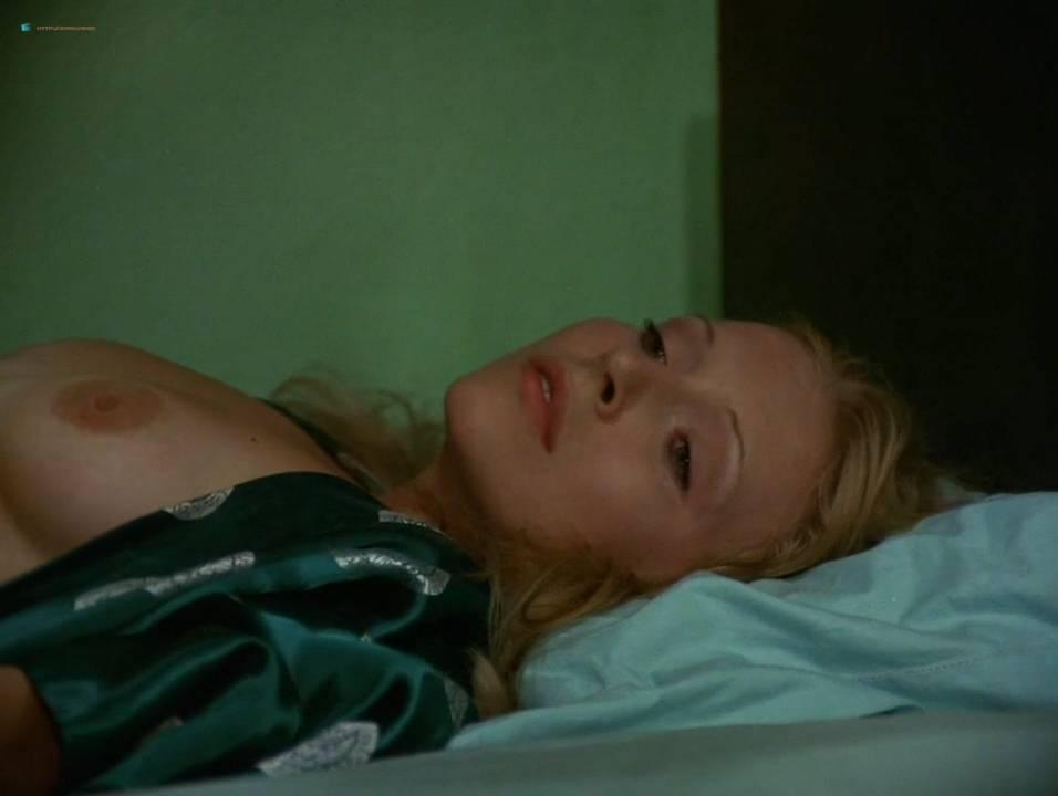 Lilian Lemmertz nude sex and Kate Hansen nude sex threesome - As Deusas (BR-1972) 720p (3)