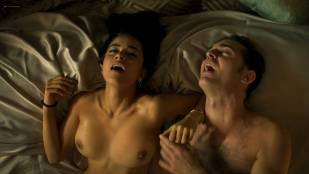 Paulina Gaitán nude topless and lot of sex – Diablo Guardián (MX-2018) s1e-6-8 HD 1080p Web