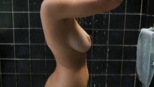 Paulina Gaitan nude topless in the shower - Diablo Guardián (MX-2018) s1e1 HD 1080p