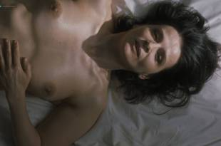 Juliette Binoche nude and sex – Un beau soleil intérieur (FR-2017) HD 1080p