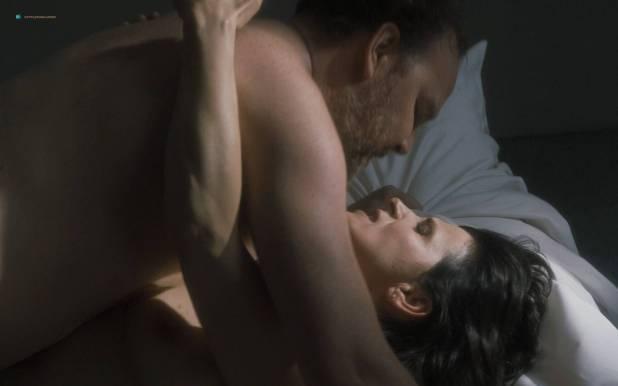 Juliette Binoche nude and sex - Un beau soleil intérieur (FR-2017) HD 1080p (6)