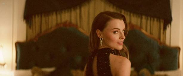 Lily Sullivan nude side boob Natasha Pruchniewicz brief nude -Jungle (AU-2017) HD 1080p Web (6)