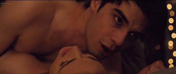 Madeline Weinstein nude nipple and sex Sophie Faulkenberry hot sex Alex Strangelove (2018) HD 1080p (3)