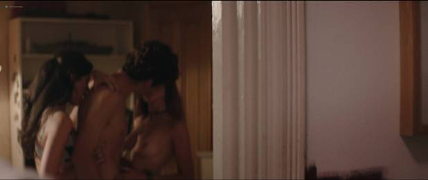 Alma Jodorowsky nude brief topless and Cara Delevingne cute - Kids in Love (2016) HD 1080p (5)