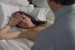 Carole Laure nude topless Marie Dubois and Fabienne Arel nude too – La menace (FR-1977)