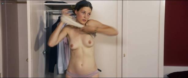 Vicky Krieps nude topless Lena Lauzemis nude lesbian - Das Zimmermädchen Lynn (DE-2014) HD 1080p Web (9)