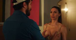 Whitney Cummings hot and sexy Sofía Vergara busty - The Female Brain (2017) HD 1080p (10)