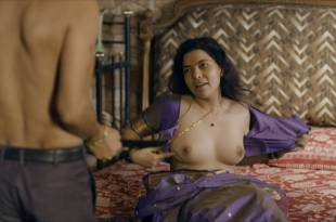 Elnaaz Norouzi hot sex Rajshri Deshpande, Kubra Sait, and others sex and nude topless  – Sacred Game (IN-2018) S1 HD 1080p