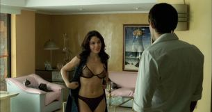Flora Martinez nude and lot of sex - Rosario Tijeras (2005) HD 1080p BluRay (9)