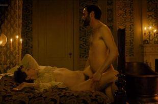 Jena Malone nude bush and sex – Angelica (2015)