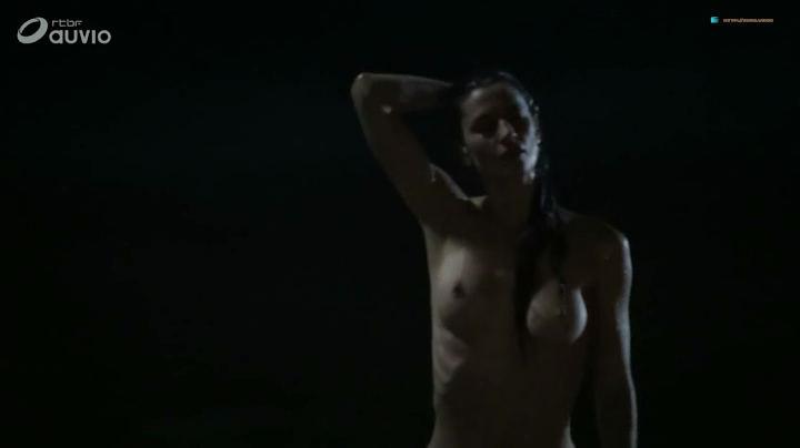 Joyce Bibring nude skinny dipping Alexandra Vandernoot nude sideboob- Noces Rouges (FR-2018) s1e5-6 (3)