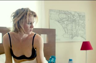 Mackenzie Davis hot sexy and see through - Izzy Gets the Fuck Across Town (2017) HD 1080p Web (14)