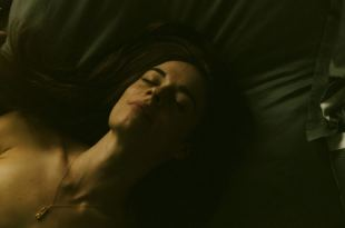 Anni Krueger nude topless and sex – The Romanoffs (2018) s1e4 HD 1080p