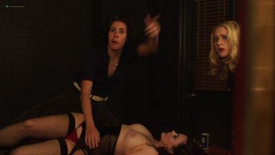 Emily Meade nude blow job, Margarita Levieva and Adelind Horan sexy - The Deuce (2018) s2e4 HD 1080p (17)