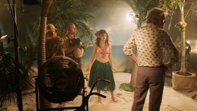 Emily Meade nude blow job, Margarita Levieva and Adelind Horan sexy - The Deuce (2018) s2e4 HD 1080p (10)