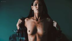 Eva Hamilton nude toples - Death Kiss (2018) HD 1080p WEB (4)