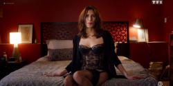 Hélène Pequin nude bush Lucie Ryan topless Claire Keim hot - Insoupçonnable (FR-2018) s1e1-6 HDTV 720p (2)