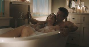 Judy Greer nude topless in the tub - Kidding (2018) se5 HD 1080p (3)