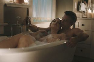 Judy Greer nude topless in the tub – Kidding (2018) se5 HD 1080p