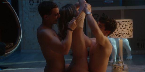María Pedraza nude and sex Ester Expósito and Danna Paola nude sex too - Elite s01 (ES-2018) HD 1080p WEB (9)