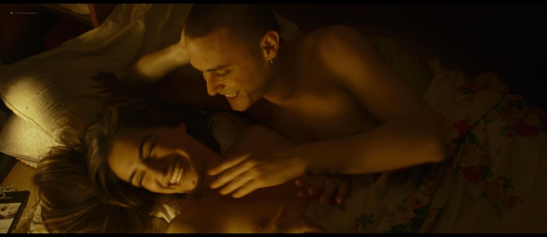 Michela De Rossi nude topless and hot sex - La Terra dell'abbastanza (IT-2018) HD 1080p BluRay (6)