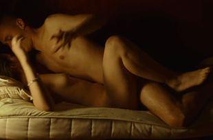 Michela De Rossi nude topless and hot sex - La Terra dell'abbastanza (IT-2018) HD 1080p Web (4)