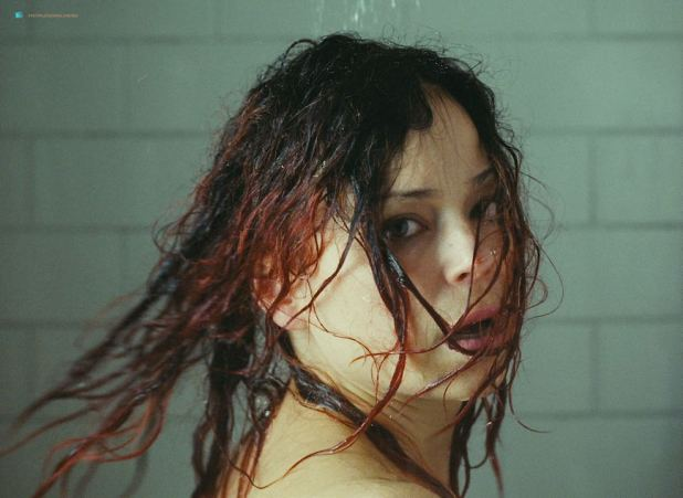 Suzanne Clément nude topless in the shower - Laurence Anyways (CA-2012) HD 720p (4)