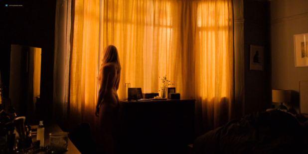 Toni Collette nude brief topless - Wanderlust (2018) s1e6 HDTV 1080p (2)