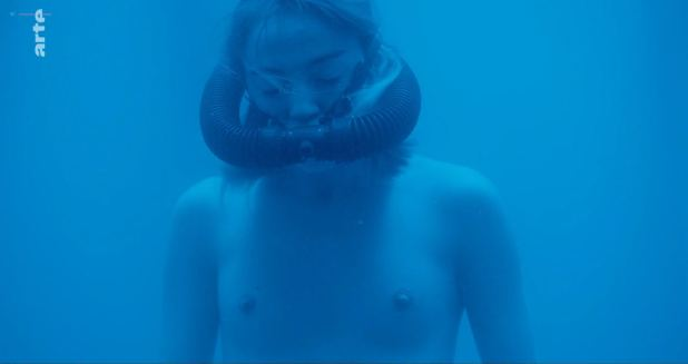 Anne Azoulay nude topless Garance Marillier nude - Ad Vitam (FR-2018) s1e6 HDTV 720p (6)
