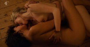 Desiree Akhavan nude topless and lesbian sex with Maxine Peake - The Bisexual (2018) s1e5 HD 1080p (2)