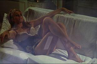 Ursula Andress hot Daliah Lavi and others sexy - Casino Royale (1967) HD 1080p BluRay (8)