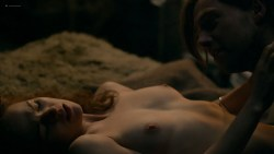 Sophie Skelton nude topless, butt and some sex - Outlander (2018) s4e8 HDTV 1080p (3)