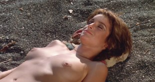 Daryl Hannah nude butt Valérie Quennessen nude bush - Summer Lovers (1982) HD 1080p BluRay (13)
