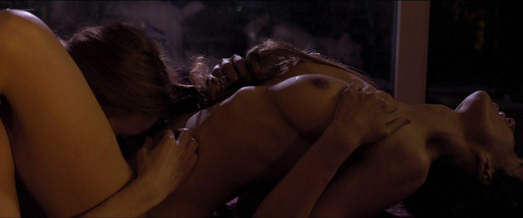 Macarena Carrere nude full frontal Ximena del Solar and Dominga Bofill all nude - Trauma (ES-2018) HD 1080p (8)