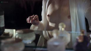 Mia Wasikowska nude topless and Maria Dizzia nude and sex - Piercing (2018) HD 1080p Web