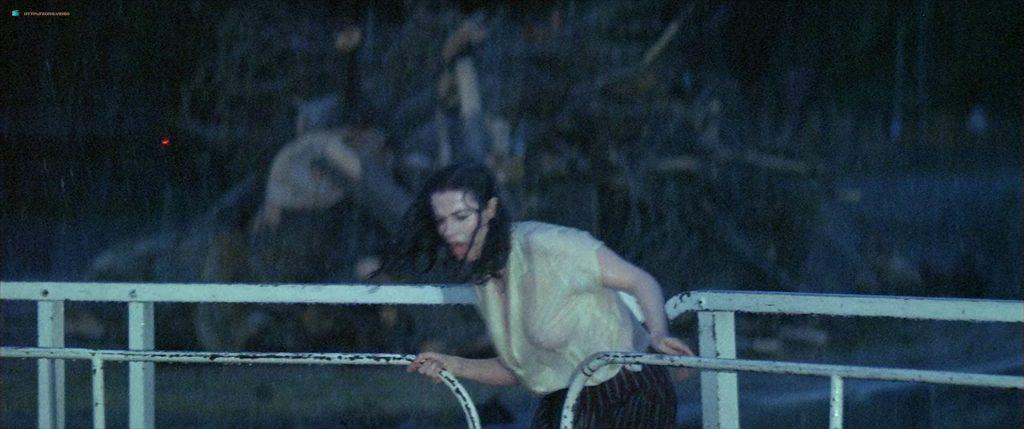 Anna Galiena hot see through and sexy - Le Mari de la Coiffeuse (FR-1990) HD 1080p BluRay (3)