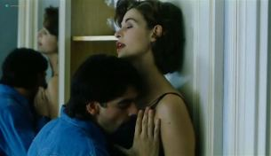 Anna Galiena nude sex and Leire Berrocal nude too - Question of Luck (ES-1996) (5)