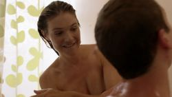 Kate Miner nude topless in the shower - Shameless (2019) s9e10 HD 1080p (5)