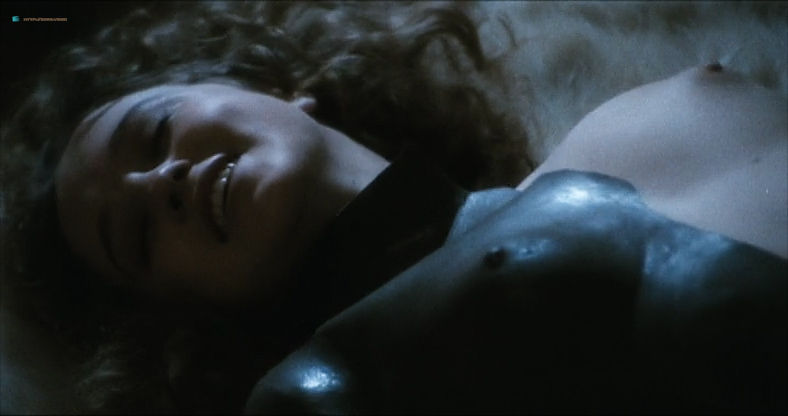 Eleonora Giorgi nude full frontal and sex - Alla mia cara mamma nel giorno del suo compleanno (IT-1974) (4)