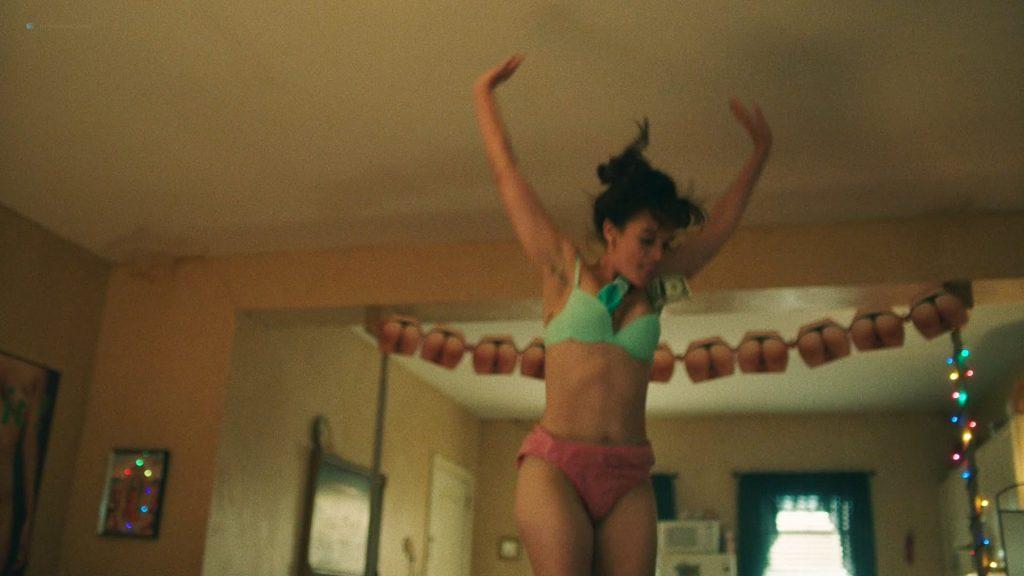 Frankie Shaw hot lingerie Samara Weaving masturbate in shower – Smilf (2019) s2e8 HD 1080p (3)